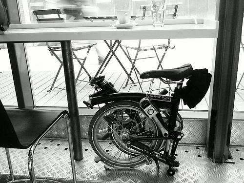 Vik på fik. Nu också OK på t-bana och tåg alltså. Foto: Henrik Gustavsson via Flickr