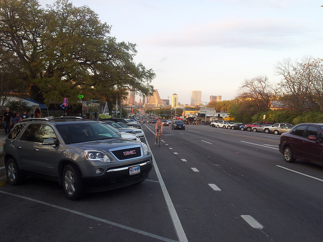 Cykelfält i Austin. Går fort.