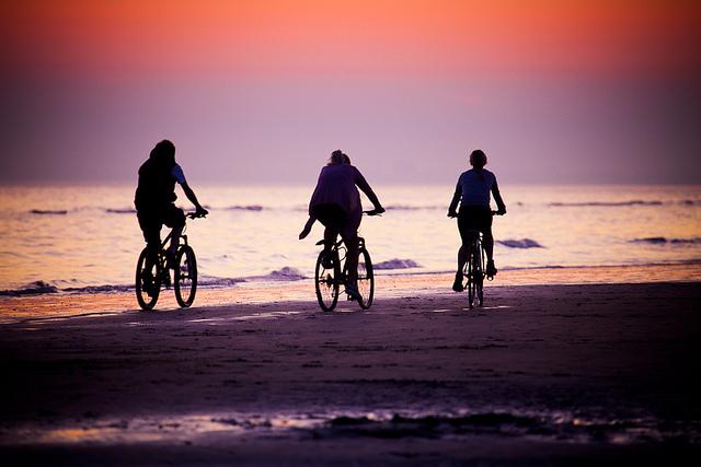 Low tide cycling on Brighton beach
