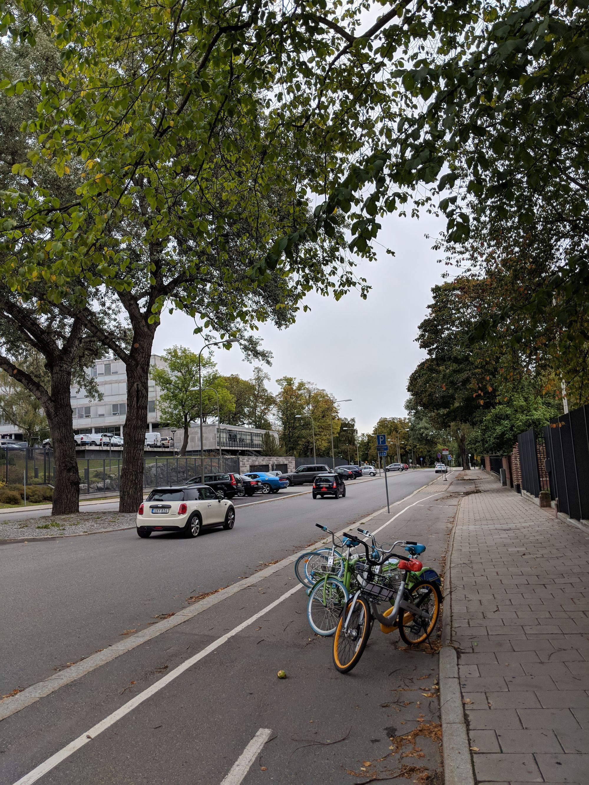 Det är cyklar överallt.